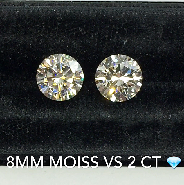 round-moissanite-compared-to-round-diamond.jpg