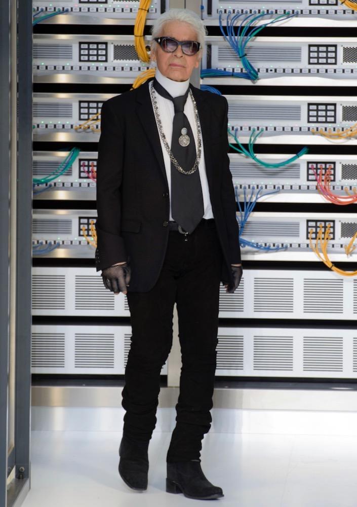 Karl Lagerfeld Chanel Spring 2017.