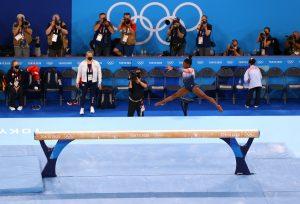 Simone Biles, balance beam, gymnastics, Olympic final